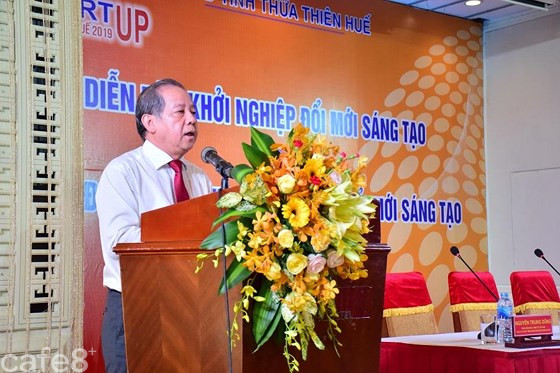 Chủ tịch UBND tỉnh Thừa Thiên – Huế trao thêm 3 giải cho cuộc thi khởi nghiệp ảnh 1
