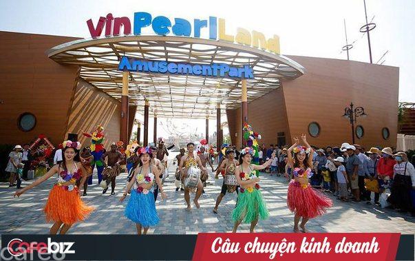 Tỷ phú Trịnh Văn Quyết sẽ mệt với bước đi này của Vingroup: Khách hàng sẽ chọn bay Bamboo - ở FLC hay bay VinPearl Air - nghỉ dưỡng ở Vinpearl? - Ảnh 2.