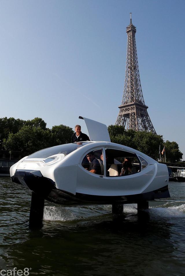 Tin được không: Pháp đã xuất hiện dịch vụ taxi đường sông nhằm giải quyết tình trạng tắc nghẽn giao thông - Ảnh 2.