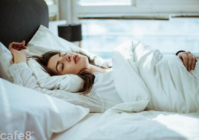 Ngủ 6 tiếng mỗi đêm suốt 10 ngày, bạn sẽ phải đối mặt với nguy cơ khủng khiếp: Đừng coi thường giấc ngủ! - Ảnh 1.