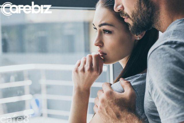 8 dấu hiệu chứng minh bạn đang yêu đơn phương: Cô đơn trong chính cuộc tình của mình là điều tệ hại nhất! - Ảnh 1.