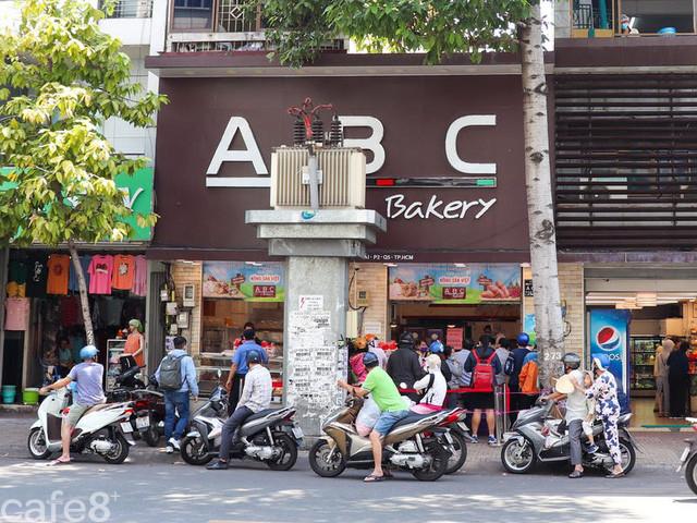 Báo Mỹ: Bánh mì thanh long chỉ là sự khởi đầu, sứ mệnh lớn hơn của ABC Bakery là quảng bá các nguyên liệu địa phương của Việt Nam - Ảnh 1.