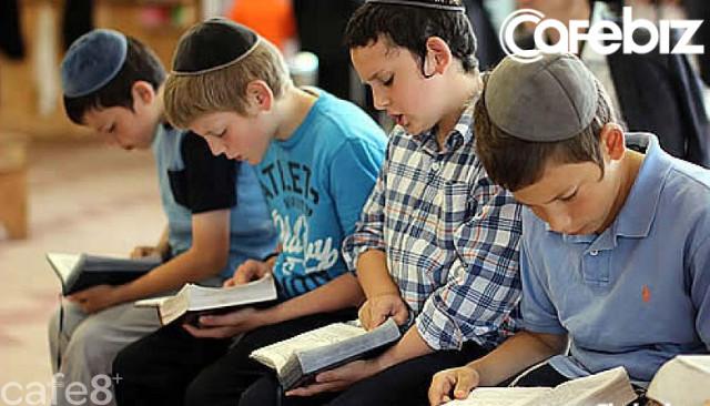 Người Do Thái quan niệm có 3 điều quan trọng nhất trong cuộc sống thực sự phải làm: Điều thứ 3 ẩn chứa sau câu hỏi Nếu nhà cháy, con sẽ đem theo vật gì? - Ảnh 2.