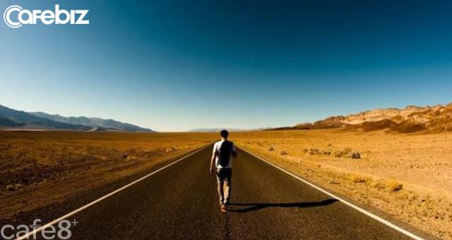 Con đường ngắn nhất để tự huỷ hoại tiền đồ: Tin vào cú lừa vĩ đại mang tên CỨ LÀ CHÍNH MÌNH - Ảnh 2.